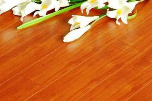 地板之家:仿真实木地板槽口变迁的三个时代